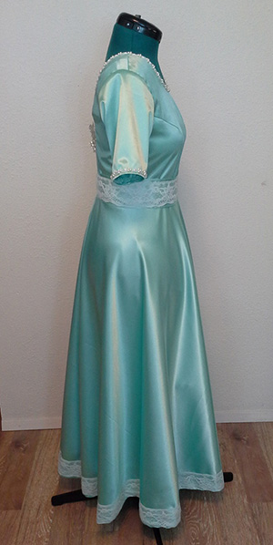 TK's wedding dress, side