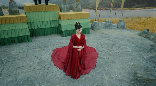 Screenshot of Fengjiu at her coronation ceremony