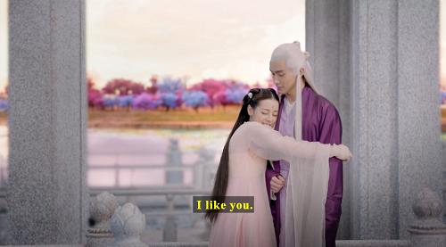 Screenshot of Fengjiu hugging Donghua and saying, 'I like you.'
