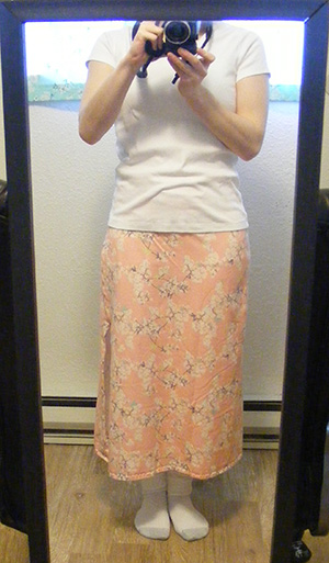 Yinghua Jersey Skirt - Front, in Mirror
